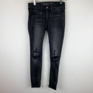 American Eagle Distressed Jegging Black Size 2